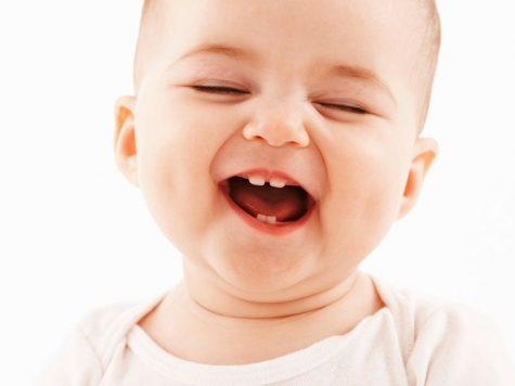 poussée dentaire chez un bébé