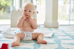 laver et stériliser un anneau de dentition pour bébé